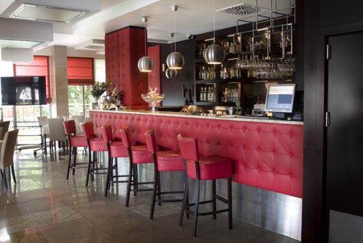 bar rose. Black Bedroom Furniture Sets. Home Design Ideas